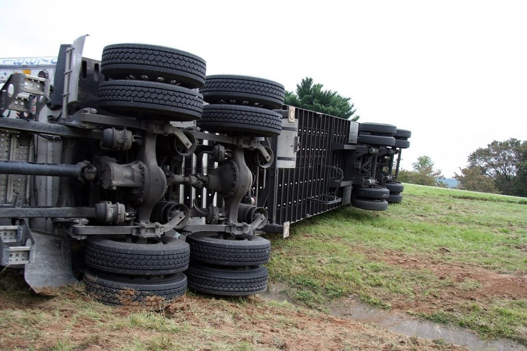What a Truck and Tractor-trailer Accident Lawyer Can Do for You
